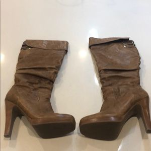 Know high boots